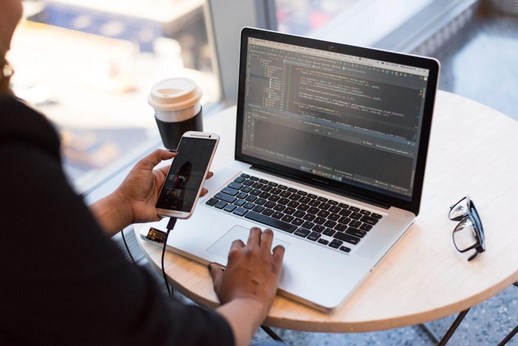 activités professionnelles gagner argent domicile code pc freelance indépendant